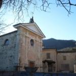 Carpadasco chiesa e corte interna