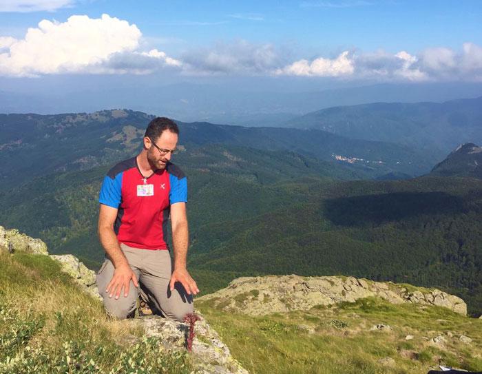 Osservazione della flora sul sentiero segreto del Monte Penna