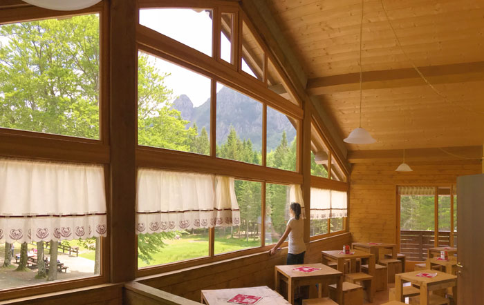 relax nel rifugio con vista Monte Penna